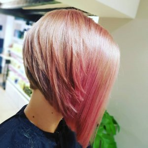 Bob-hair-cuts-at-perfectly-posh-hair-salon-in-Hungerford-2