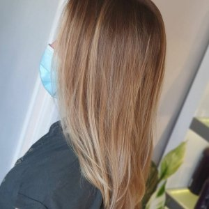 best balayage & colour melt experts in the Hungerford area